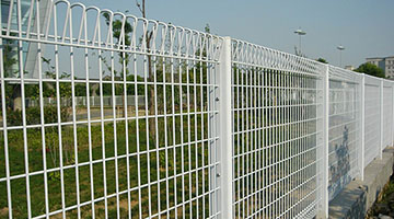 brc fence white color